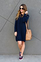 sweater H&M dress - bucket Old Navy bag - plaid Forever 21 sneakers