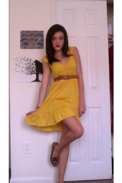 yellow dress with brown belt dress edin