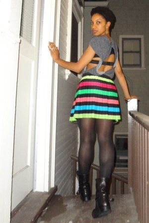 grey Urban Outfitters top - leather madewell leggings - striped H&M skirt