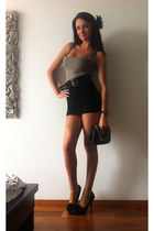 camel River Island shirt - black dents bag - black Topshop skirt