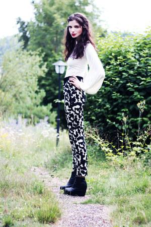 navy Forever 21 blazer - black Monki wedges - white wide-sleeved Johanna Vikman
