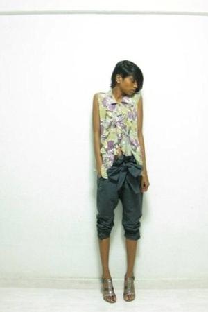 bangkok blouse - bangkok pants - Charles & Keith shoes