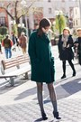Black-clarks-shoes-dark-green-esprit-coat-silver-calzedonia-tights