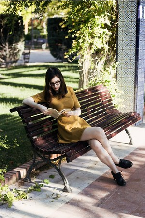 black Clarks shoes - mustard H&M dress - black firmoo glasses