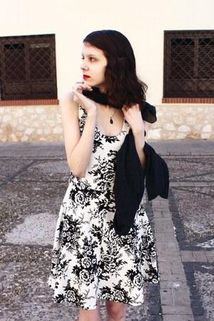 white cotton Gina Louise dress - black eyelet shrug asos jacket