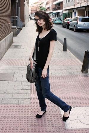 black H&M t-shirt - navy Pimkie jeans - silver Etsy necklace