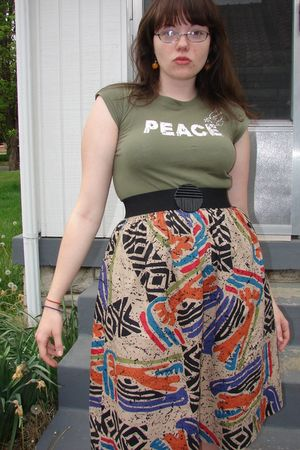 green t-shirt - thrifted skirt - orange earrings - black thrifted belt - Charlot