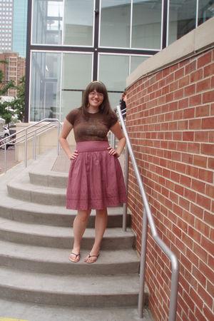 thrifted t-shirt - thrifted skirt