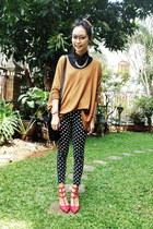 leopard print Celine bag - rockstud valen heels