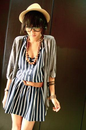 gray leopard print endorse delight cardigan - blue stripe Delicate Cloth dress