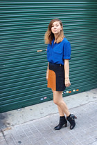 burnt orange Zara skirt - black Zara boots - blue vintage shirt