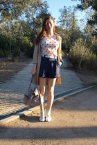 vintage coat - vintage shorts - Zara t-shirt