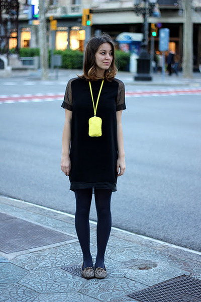 black H&M Trend dress - yellow H&M bag