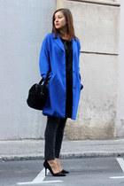 blue H&M Trend coat - black Mango jeans - black Uterque bag - black Zara heels
