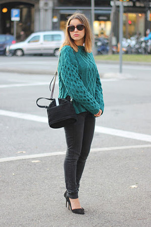 dark green H&M Trend sweater - black Mango jeans - black Uterque bag