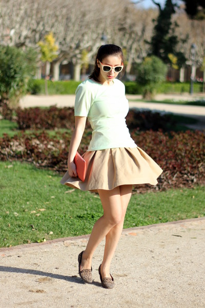 camel Zara skirt - salmon Bimba & Lola bag - white H&M Trend sunglasses