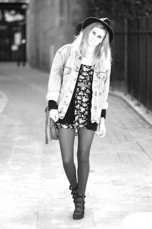 black Pimkie heels
