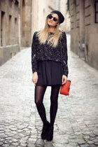 black romwe jumper