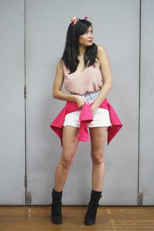 pink Topshop top - black vintage boots - hot pink Topshop blazer