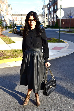 H&M skirt - Christian Louboutin boots - Chanel bag - Zara top