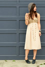 Vintage-dress-f21-hat-nanette-lepore-heels