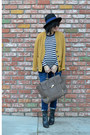 Pea-in-the-pod-maternity-jeans-forever-21-hat-stripes-gap-shirt