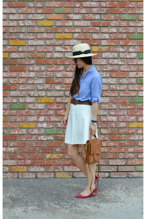 panama H&M hat - boyfriend Gap shirt - thrifted coach bag - Report flats