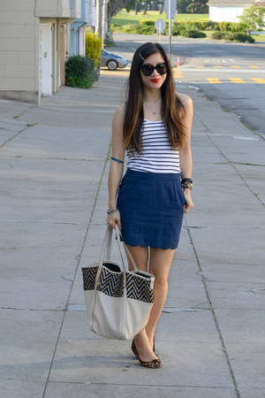 big buddha bag - scallop hem Forever 21 skirt - leopard print Gap flats