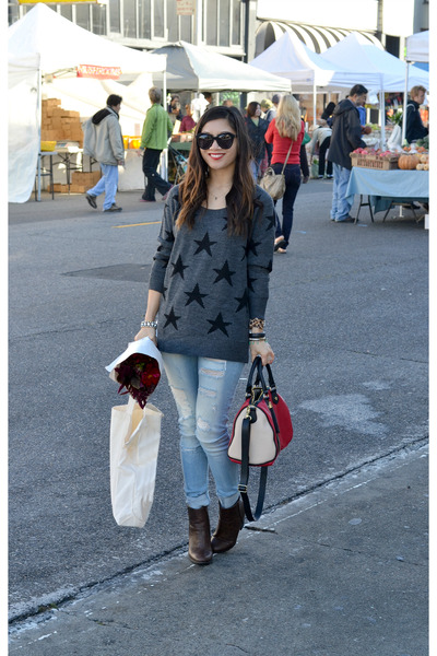 Ross sweater - Ross boots - Ross jeans - Ross bag