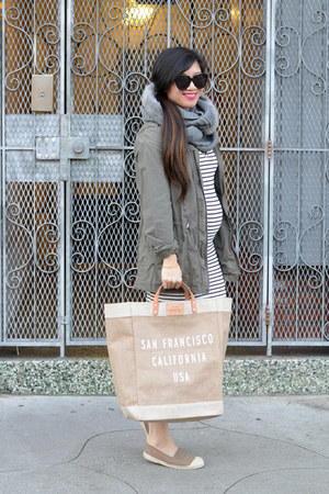 market tote Apolis bag - stripes Amour Vert dress - cargo Zara jacket