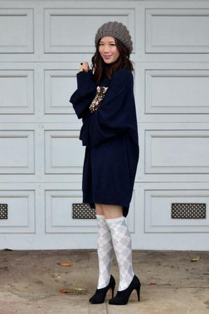 maison martin margiela X H&M sweater - Forever 21 hat - JCrew socks