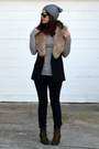 Old-navy-boots-forever-21-jeans-h-m-hat-h-m-vest-uniqlo-top