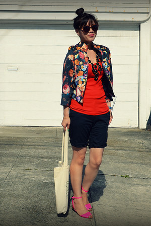 H&M jacket - H&M shorts - Zara sandals