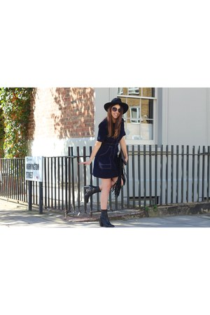 suede asos dress - leather Topshop boots - fringed asos bag