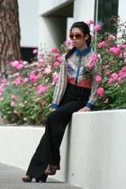 carrot orange dior sunglasses - dark green Seychelles heels - black kensie pants