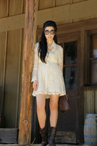 eggshell necklace - dark brown bcbg max azria boots