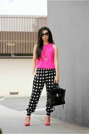 black 31 Phillip Lim bag - black Chanel sunglasses - hot pink Ivanka Trump heels