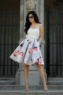 Off-white-top-sky-blue-keepsake-skirt-beige-steve-madden-heels