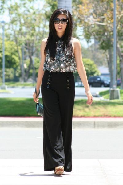 black kensie pants - black Chanel sunglasses - teal top - teal deux lux wallet
