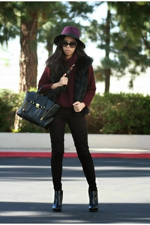 black Michael Kors boots - magenta BCBGeneration hat - brick red Zara sweater