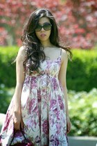 light pink tracy reese dress - magenta vintage bag - black Chanel sunglasses