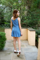 blue denim vintage dress - white brogues Steve Madden shoes