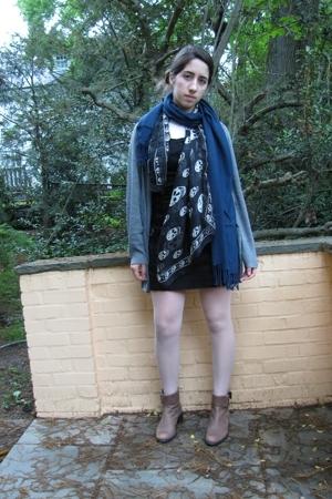 Zara dress - H&M sweater - Alexander McQueen scarf - Fake Pashmina scarf - vinta