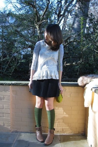 green knee socks Urban Outfitters socks - brown boots