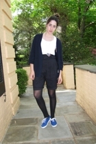 H&M shorts - t-shirt - shoes - the french factory necklace