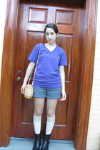 American Apparel t-shirt - Urban Outfitters shorts - H&M socks - purse