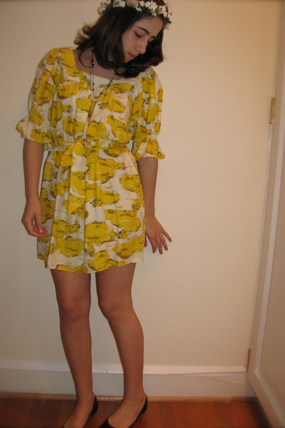 DIY accessories - gift dress - shoes - H&M necklace