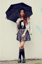 gray plaid Forever 21 skirt - black rain boots Joules boots