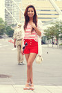 Cream-studded-charlotte-russe-bag-red-high-waisted-charlotte-russe-shorts