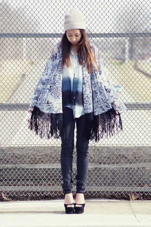 blue Living Doll LA blouse - Urban Outfitters hat